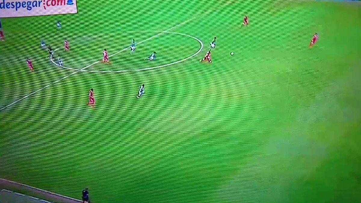 El nuevo #Messi, #AngelMena  que se vea el nivel en la #ligaMx antes de que se vaya al #Barcelona  y Macías ni se diga, desde el primer día que lo vi en chivas lo supe 👌  #leon #mexico #jovenes #leonvstoluca #leontoluca #clasico #chivasAtlas #ViscaBarca  #tendencia  #rt
