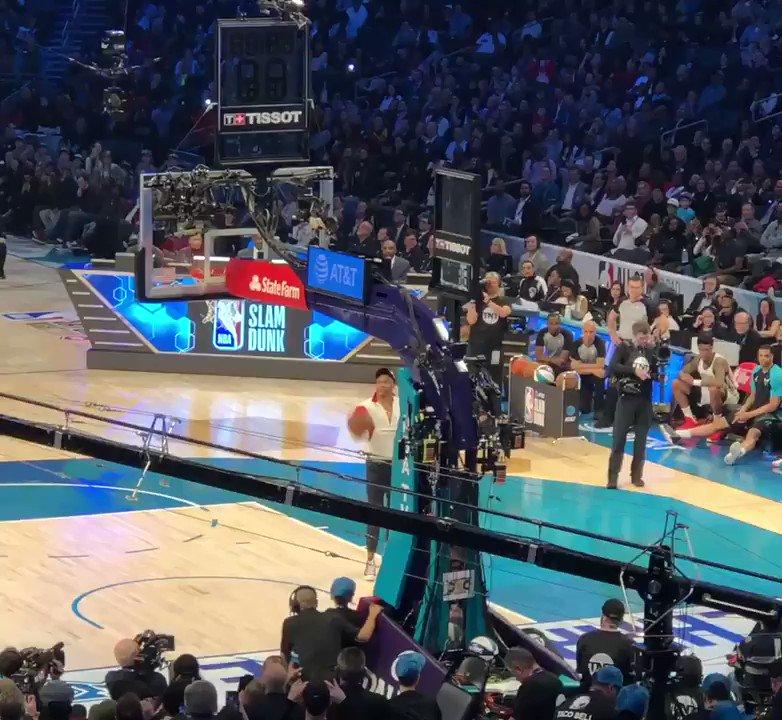 Teamwork makes the d̶r̶e̶a̶m̶ dunk work.  @hamidoudiallo got an assist from #RussellWestbrook. #ThunderUp #NBAAllStar