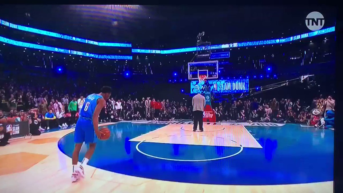 Image for the Tweet beginning: Hamidou Diallo OVER SHAQ #NBAAllStar