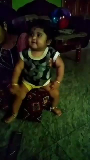 My one year daughter dance for #rowdybaby watch till the end @dhanushkraja @thisisysr @directormbalaji