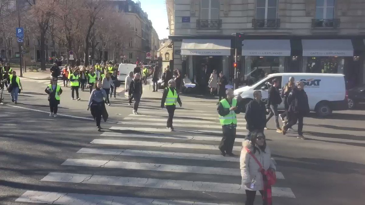Gilets Jaunes Paris #ActeXIV ✊ #ONLR #GiletsJaunes's photo on aguerre