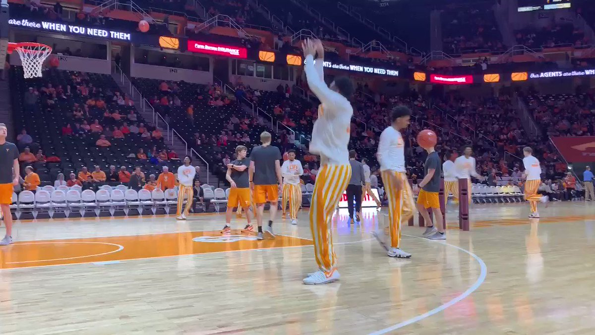 Vanderbilt is in town to face one pissed off basketball team.  Commodores and No. 5 Tennessee tip off at 7 p.m. ET. Vandy has lost 13 straight. #Vols looking to get back on track.  📺: ESPN 🎙: Roy Philpott, Sean Farnham