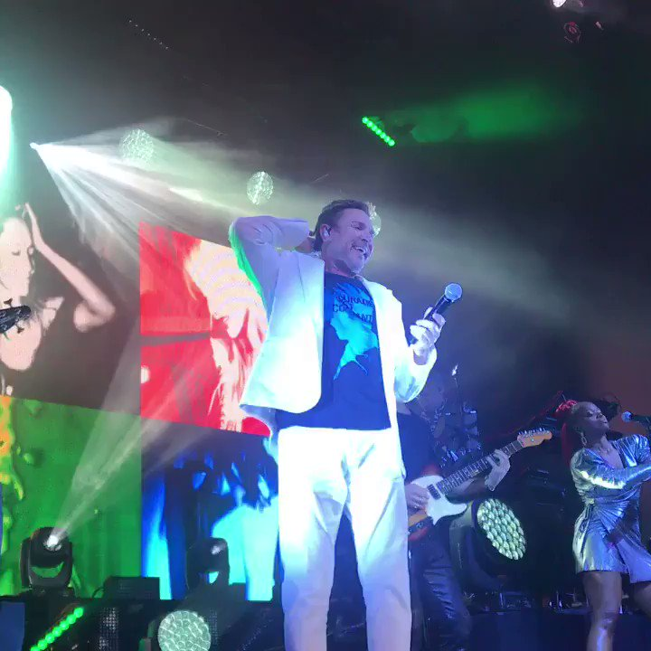 Can't I believe you're taking my heart to pieces #duranlive #fillmorenola #duranduran