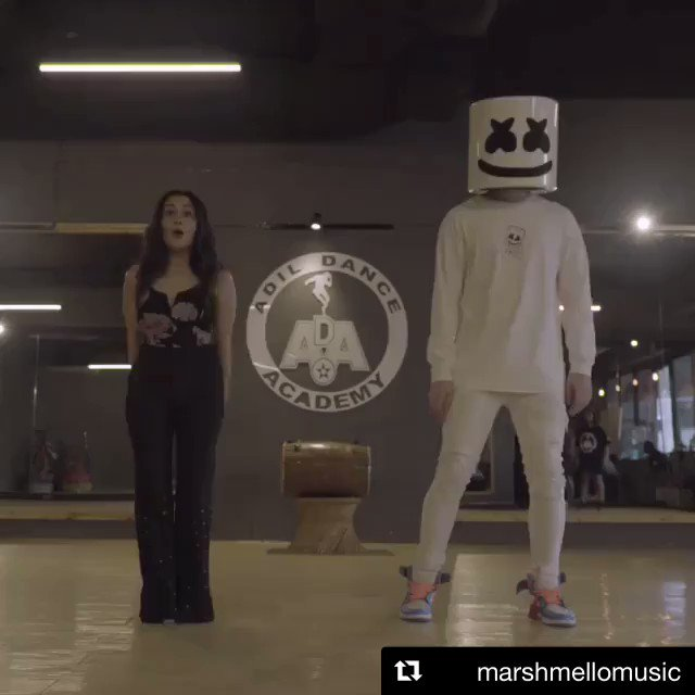 Join the #BIBA fam with @iAmNehaKakkar and @marshmellomusic 🔥  Tag us and send in your videos with #BIBAdance, let's go viral! 🕺💃  #ArtistOriginals 👉 http://jiosaa.vn/biba