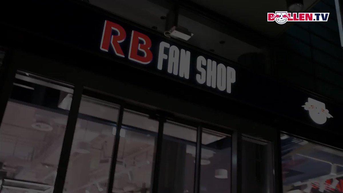 🖋🖋🖋 📸📸📸 🤗🤗🤗  Impressionen von der Autogrammstunde mit Kevin #Kampl und Marcel #Sabitzer im RB Fanshop im Petersbogen.  #DieRotenBullen ❤⚪ #RBLFans12
