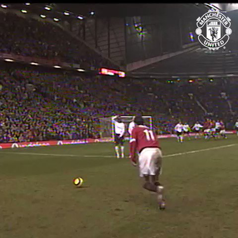We all remember when @RioFerdy5 sent Old Trafford wild in #MUNLIV (the first time)...