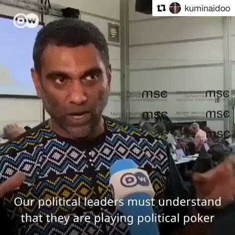 One of my heroes and one of South Africa's finest sons, @kuminaidoo discussing the #YoungPeople fighting to alter policy to address #ClimateChange. #Greenpeace #amnestyinternational #KumiNaidoo #AfricansForTheEnvironment #ILoveUs✊🏿✊🏾✊🏽✊🏼 #AfricansRising @AfricansRising