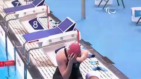 disbelief noun dis·be·lief   \ ˌdis-bə-ˈlēf \ Definition of disbelief: Inability or refusal to accept that something is true or real.     'Susie shook her head in disbelief'  📽: @Susie_Rodgers    #ParaSwimming