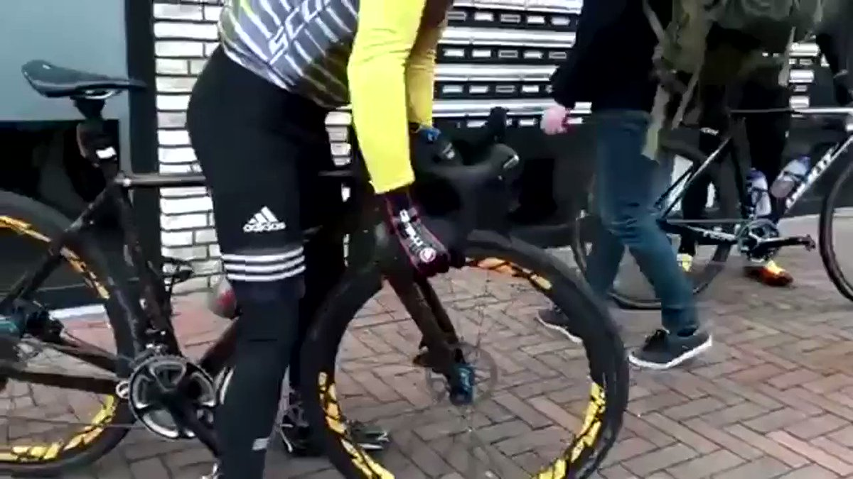 When you buy your first carbon bike from a Chinese website 😂😂