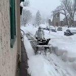 帝国兵士軍が除雪機で雪かき!なんかすげ~!
