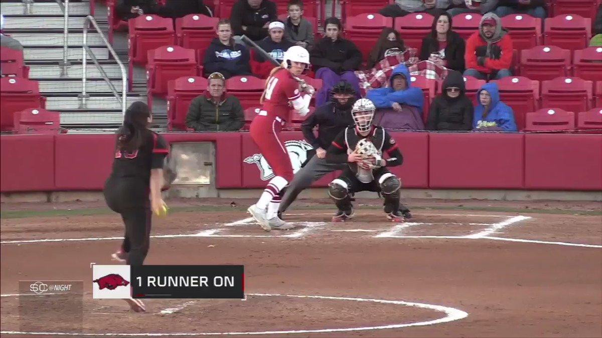 Arkansas softball player hits the Home Run Cycle ... in 4 innings