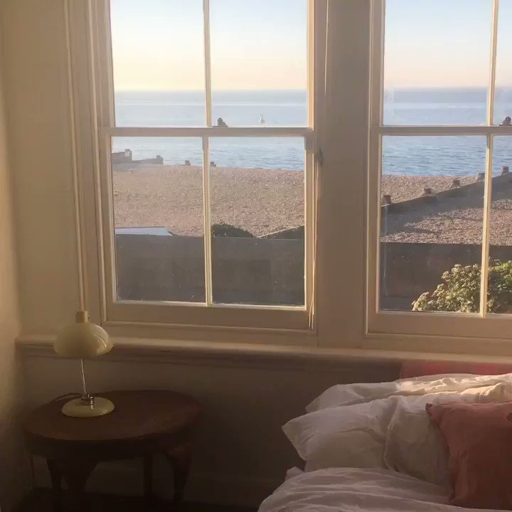 One day I hope I shall live by the sea... Until then, I shall pretend, thanks to Airbnb