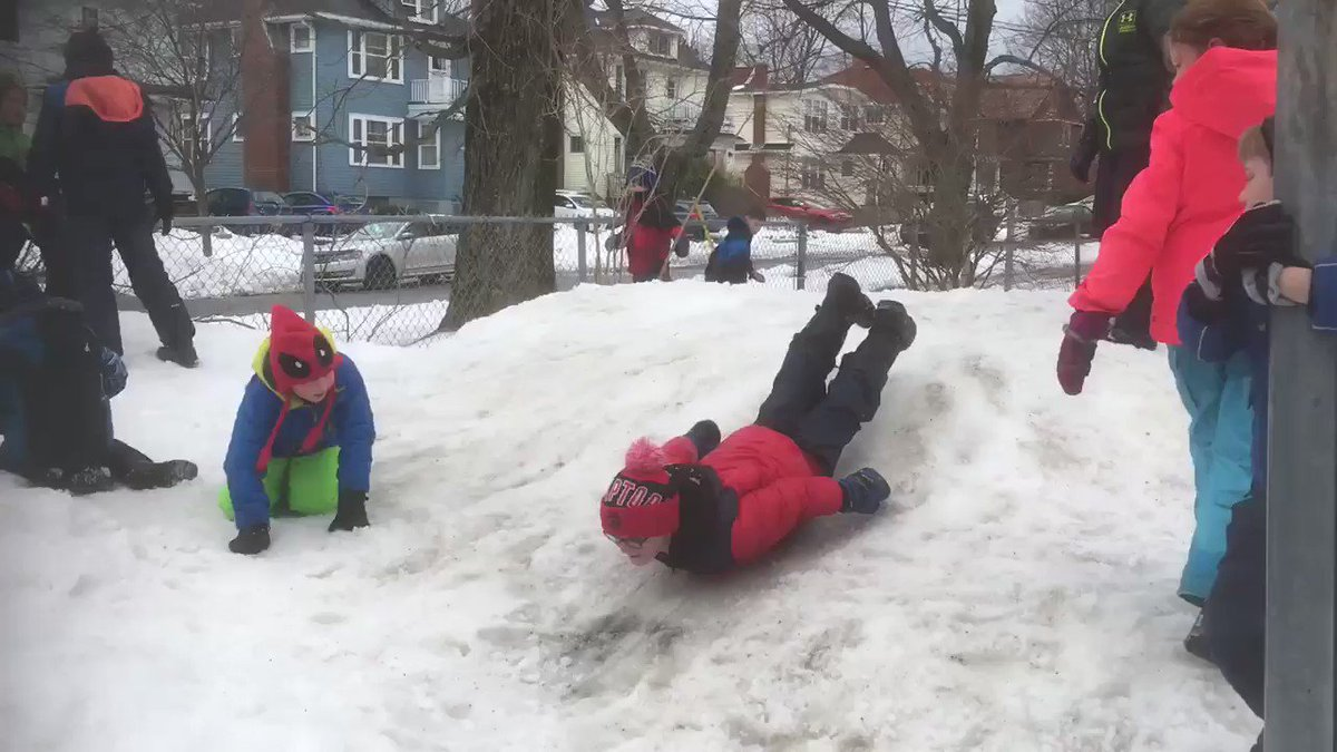 So much FUN can be had when we take turns and slide on our bellies like penguins 🐧 ! Grade 3s @Tupper1930 loving being outside in the snow ❄️ @HRCEHealthPromo