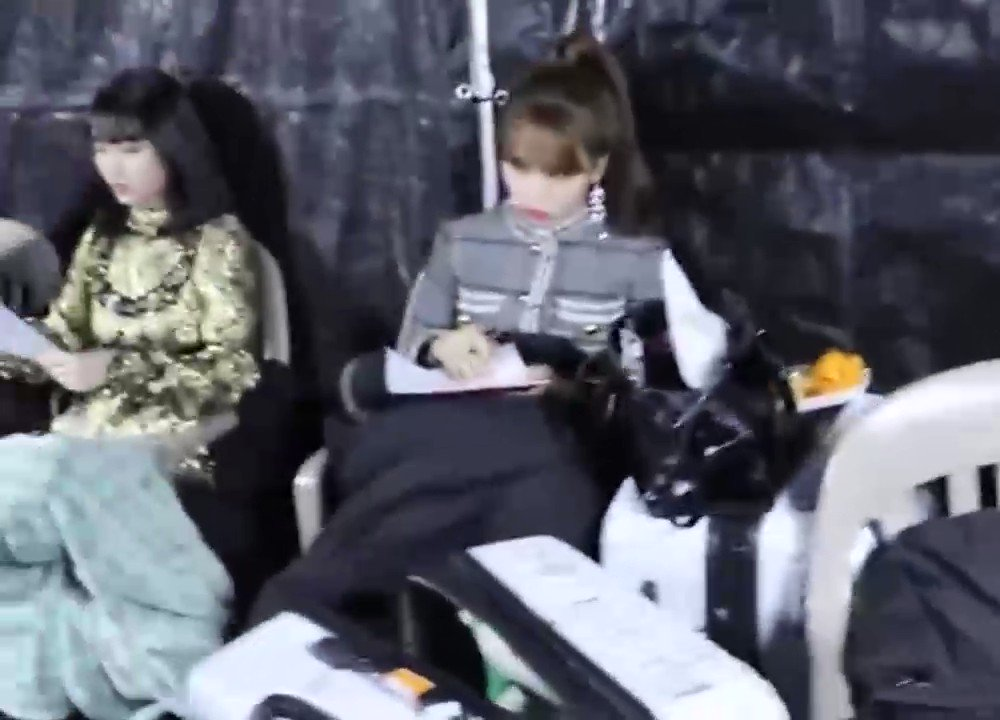 NY: Here's Mina who's cutely & kindly doing a survey- MN: (glares and pouts) NY: Why is it like that ㅋㅋ MN: (switches to aegyo) NY: Hahah okay let me do it again. Mina what are you doing? Oh, Mina who's doing a survey like her usual cute self! MN: (can't handle her own aegyo)😂
