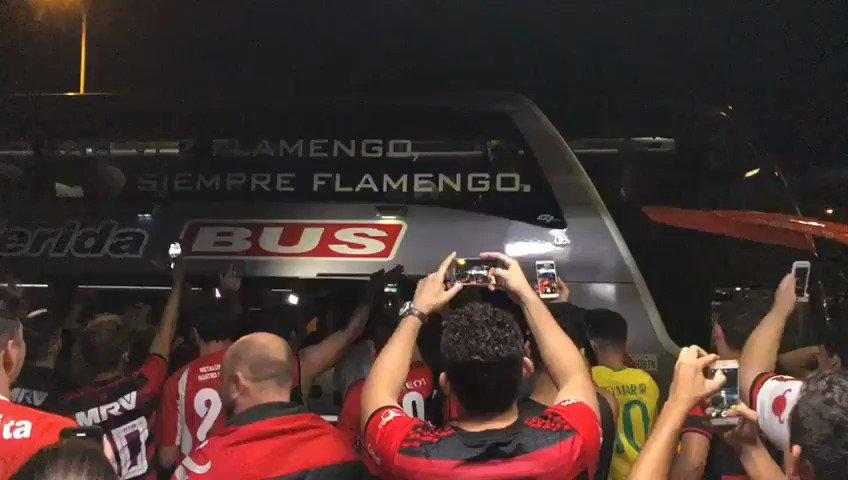 Em qualquer lugar do mundo, a Nação sempre estará lá. #CONMEBOLLibertadores #CRF @LibertadoresBR