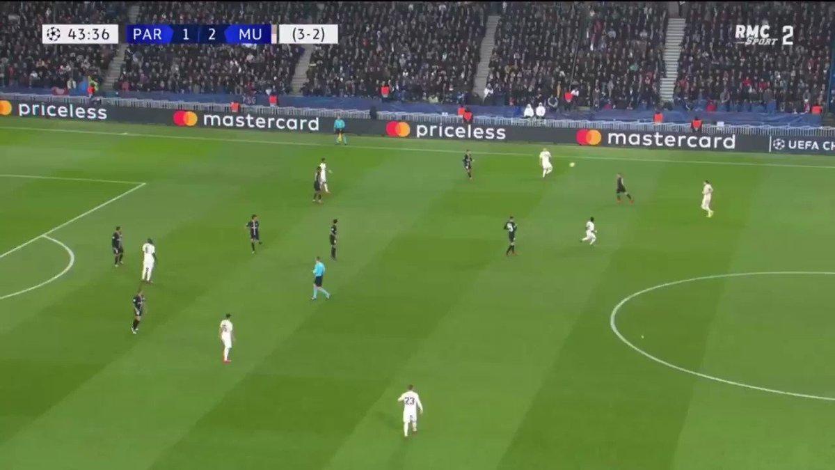 Kylian Mbappé vs Ousmane Dembélé. #PSGMUN