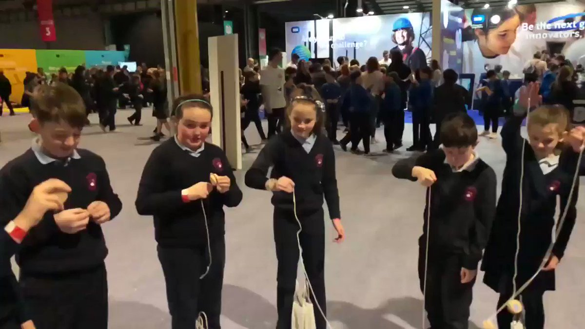 Going #YoYo @science_blast at the @TheRDS @kathycolohan @clontuskertns 🧪🚀