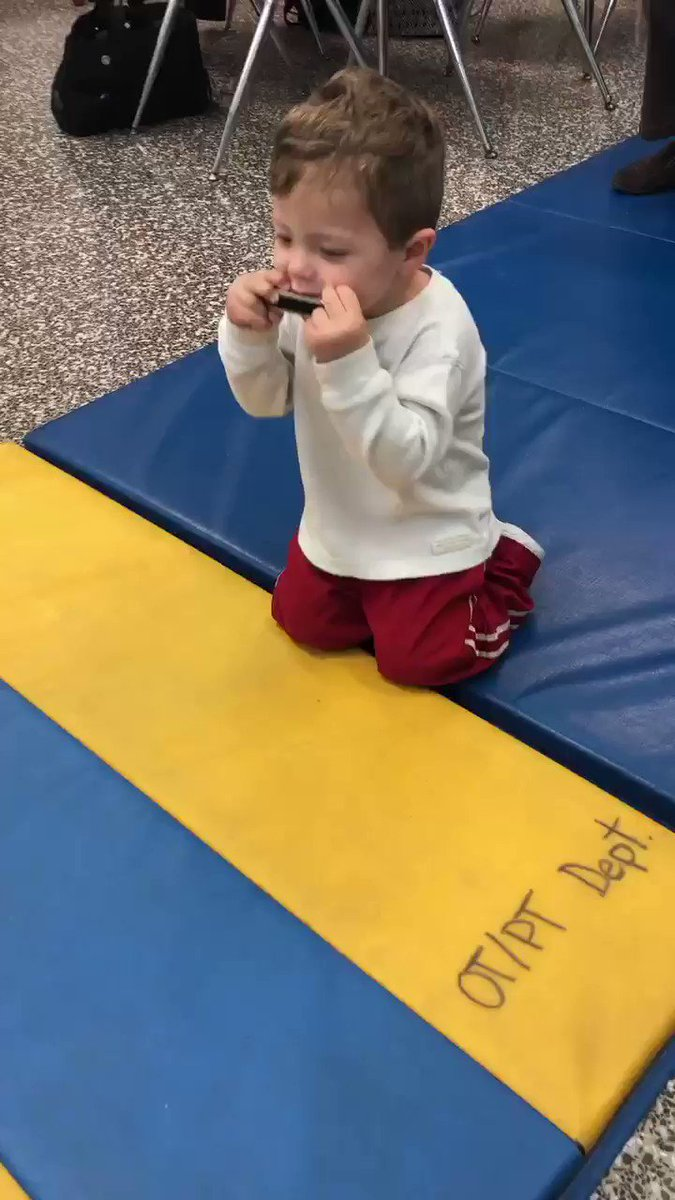 Can't think of a better way to work on bilateral hand coordination than with a harmonica and a little dance ❤️
