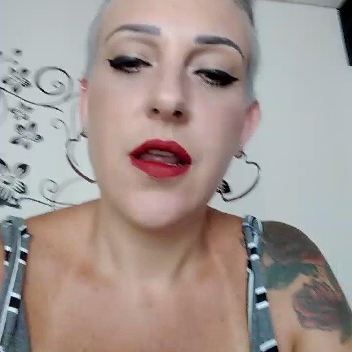 Model - Mistress Sinclair sph