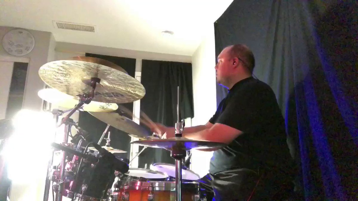 """I've been dabbling in the world of song writing and messing around with synthesizers and other instruments. Here's a little loop I came up with while messing around with the @wavesaudio """"Flow Motion"""" synth. Enjoy! @TAMAofficial @PaisteNation @vicfirth @remopercussion #flowmotion"""