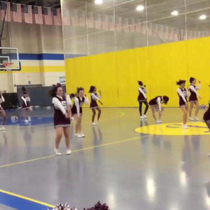 We had a great time at the Cheer Showcase! <a target='_blank' href='https://t.co/6Mv0laBkhN'>https://t.co/6Mv0laBkhN</a>