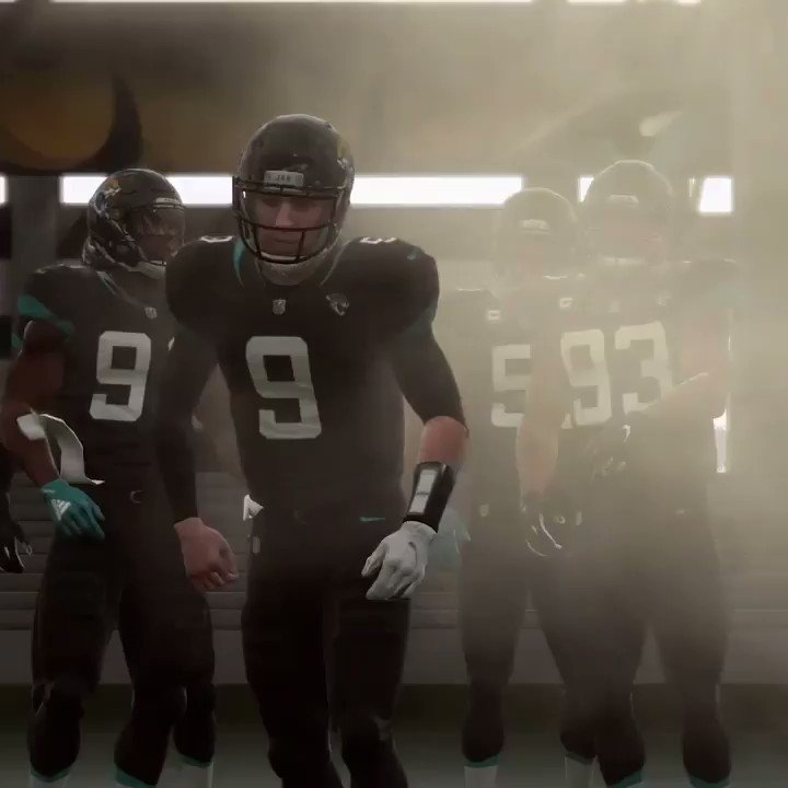 First look at @NickFoles dropping dimes with the @Jaguars in Madden! �� https://t.co/j670I2k1h4