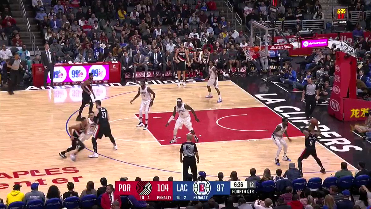 �� CJ with 21 PTS in the 4th Q!  #RipCity 113 #ClipperNation 99  ����: https://t.co/v3lUs0X65P https://t.co/KdOMVbt0t3