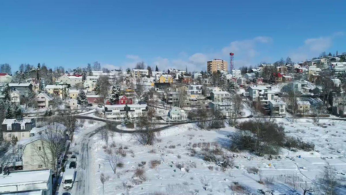 Image for the Tweet beginning: Kävimme ulkoiluttamassa droneamme, tässä talvinen