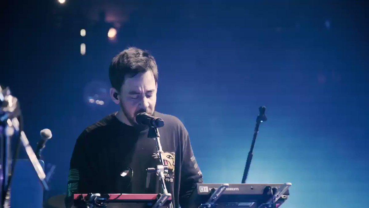 #onemorelight from London // #posttraumatictour with Eg White https://t.co/C750ZJYxxZ