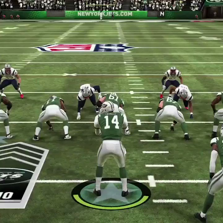 First look at @LeVeonBell in a @nyjets uniform... on Madden! �� https://t.co/yUL3nPXl5t