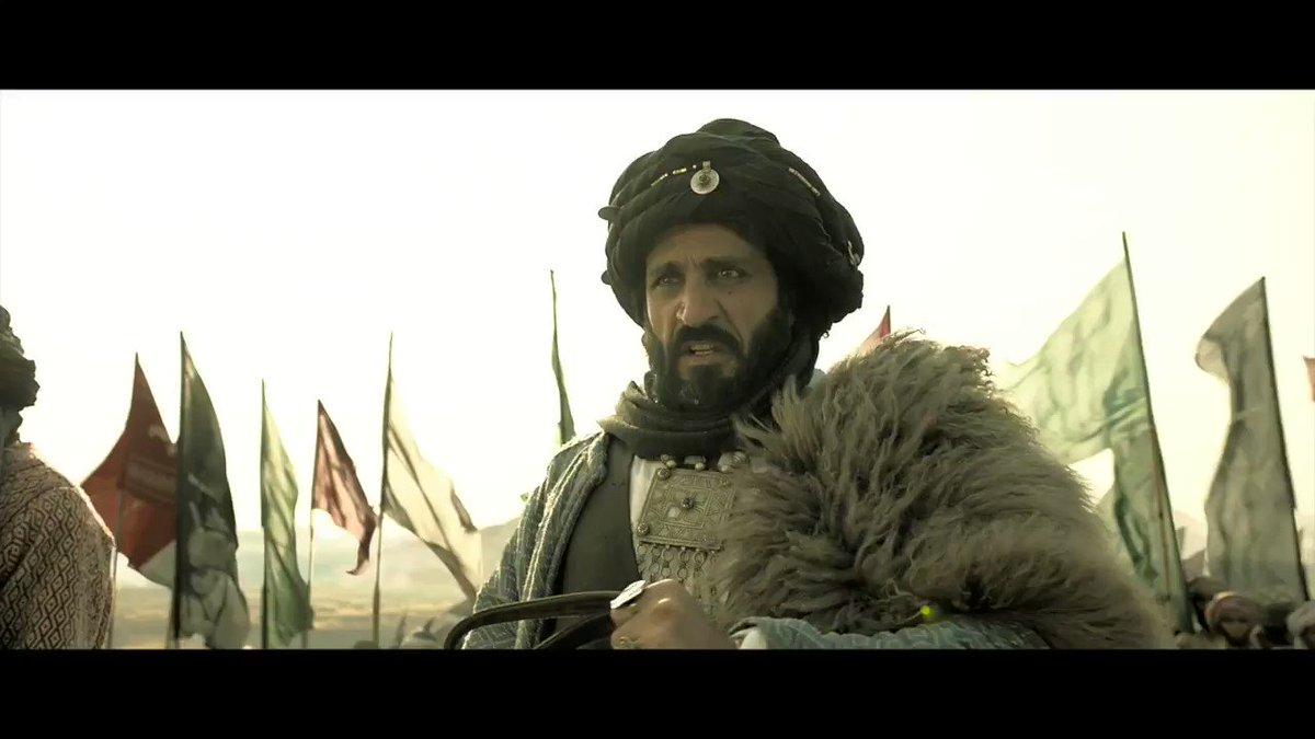 हमले का वक़्त आ राहा है! #Kesari coming to cinemas this #Holi, 21st March. http://bit.ly/Kesari-PreTix  @ParineetiChopra @SinghAnurag79 @karanjohar @apoorvamehta18 @SunirKheterpal @DharmaMovies #CapeOfGoodFilms @iAmAzure @ZeeStudios_