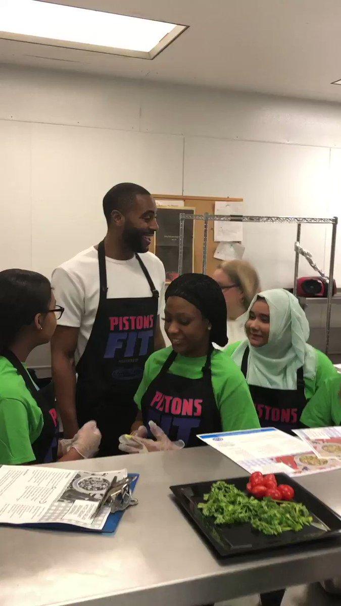 And so is @WayneElli22! #PistonsFit #NBAFit