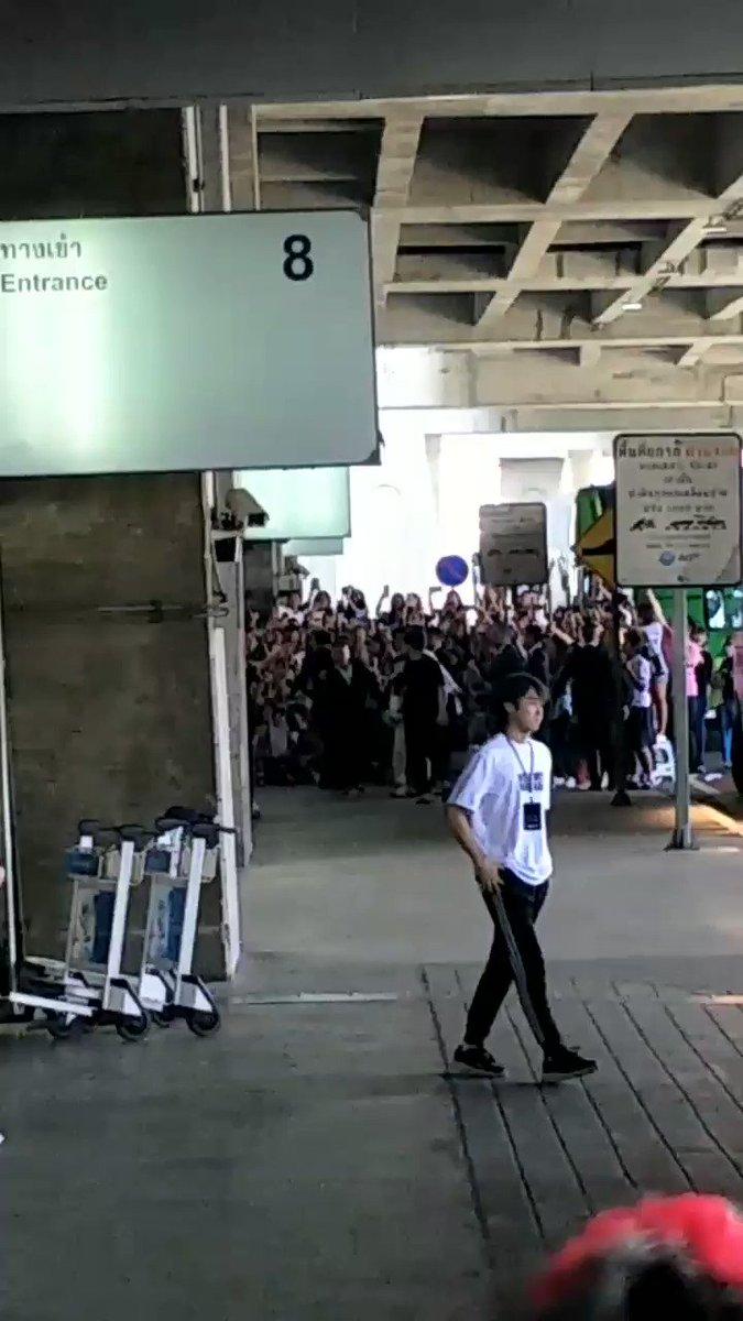 ' 쭌짼 🍎's photo on #welcomeongseongwutothailand