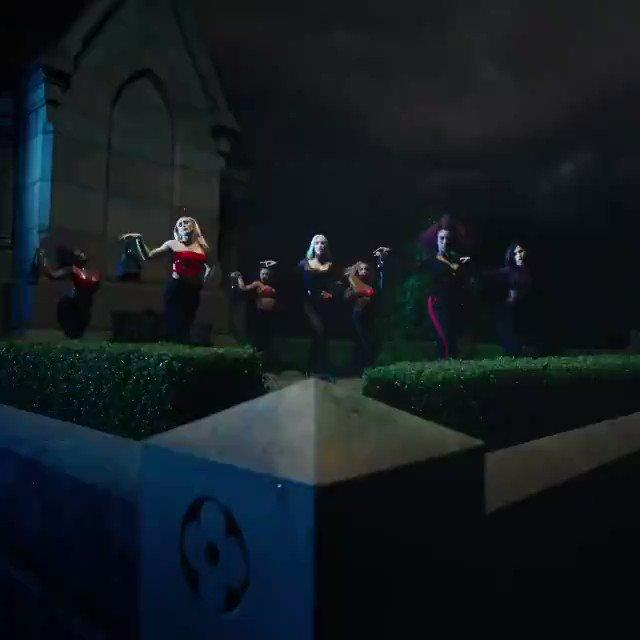 Iggy Azalea Charts ⚰️'s photo on Iggy Azalea - Sally Walker