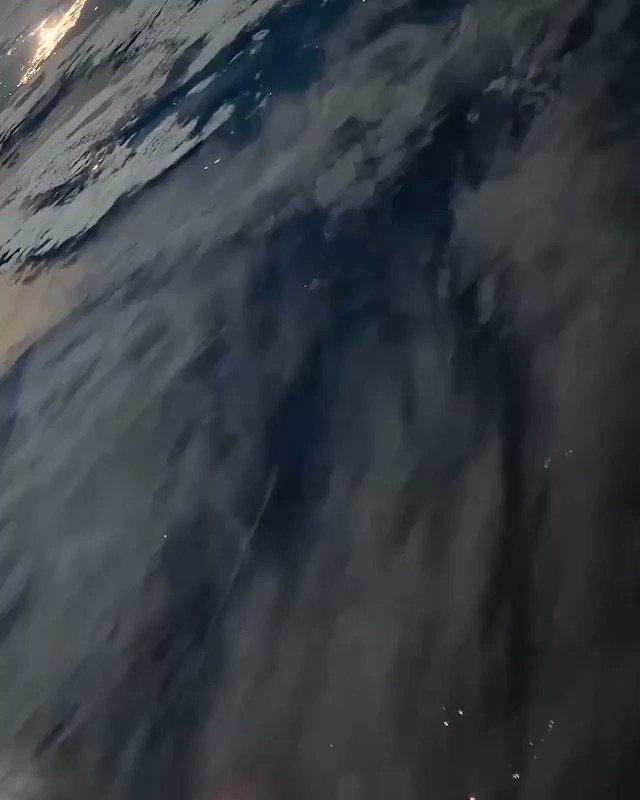 【最高】宇宙から見たロケット発射の様子が素晴らしい‼︎国際宇宙ステーション(ISS)から撮影されたロケット打ち上げの様子。ロケットはISSへの物資補給の目的で、カザフスタンのバイコヌール宇宙基地から打ち上げられた。