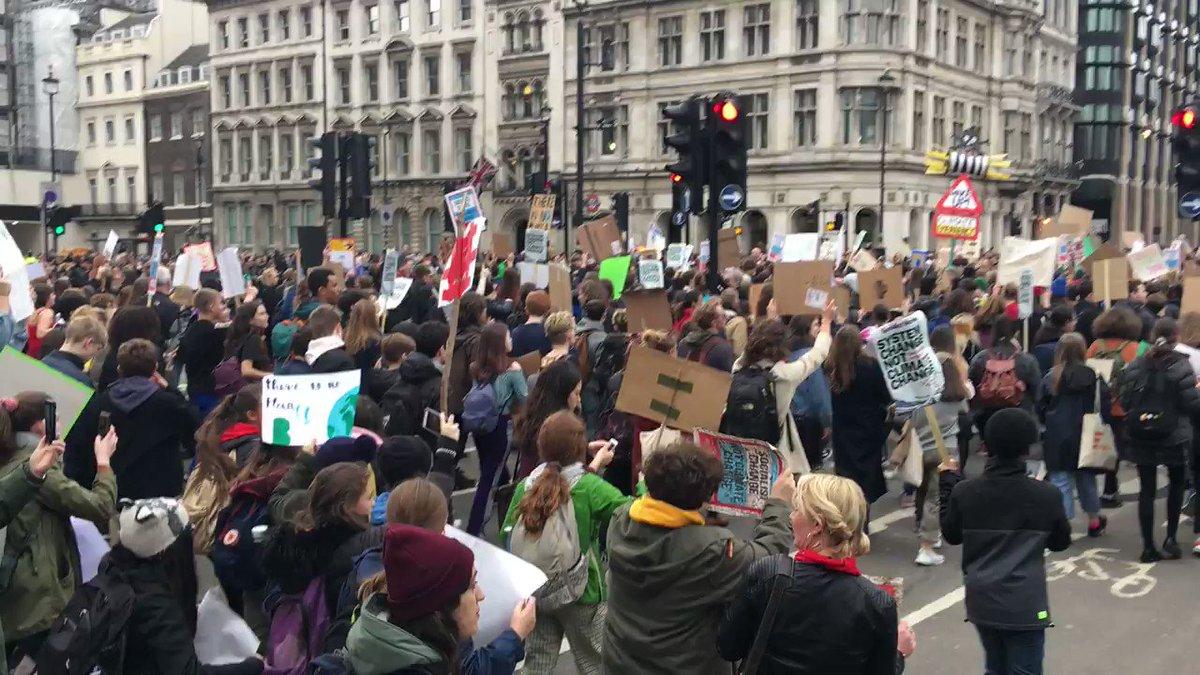 Richard Burgon MP's photo on #ClimateStrikeUK