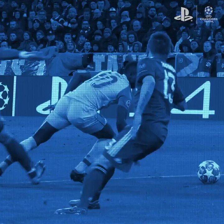 Controlo total de Sadio Mané! 💯 Partilha também os teus melhores golos com a hashtag #PS4share. #PlayStationFC #UCL
