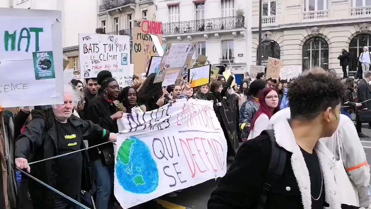 ARES's photo on #MarchePourLeClimat