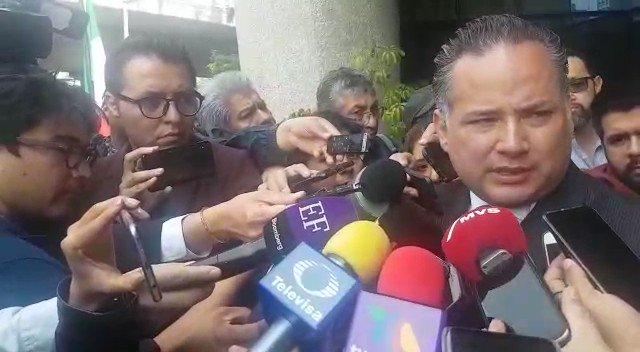 Ruido en la Red's photo on Santiago Nieto