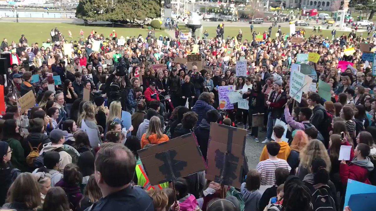 Keri Coles's photo on #studentstrike4climate