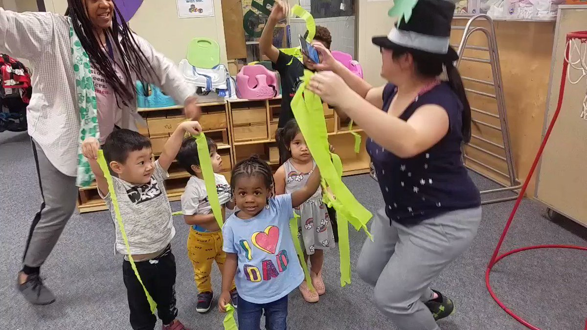 RT <a target='_blank' href='http://twitter.com/apsaptinfant1'>@apsaptinfant1</a>: St. Patty's day in Ms. Cora's class! <a target='_blank' href='http://twitter.com/APSACCECE'>@APSACCECE</a> <a target='_blank' href='http://twitter.com/APSCareerCenter'>@APSCareerCenter</a> <a target='_blank' href='https://t.co/T7ay8AgfV0'>https://t.co/T7ay8AgfV0</a>