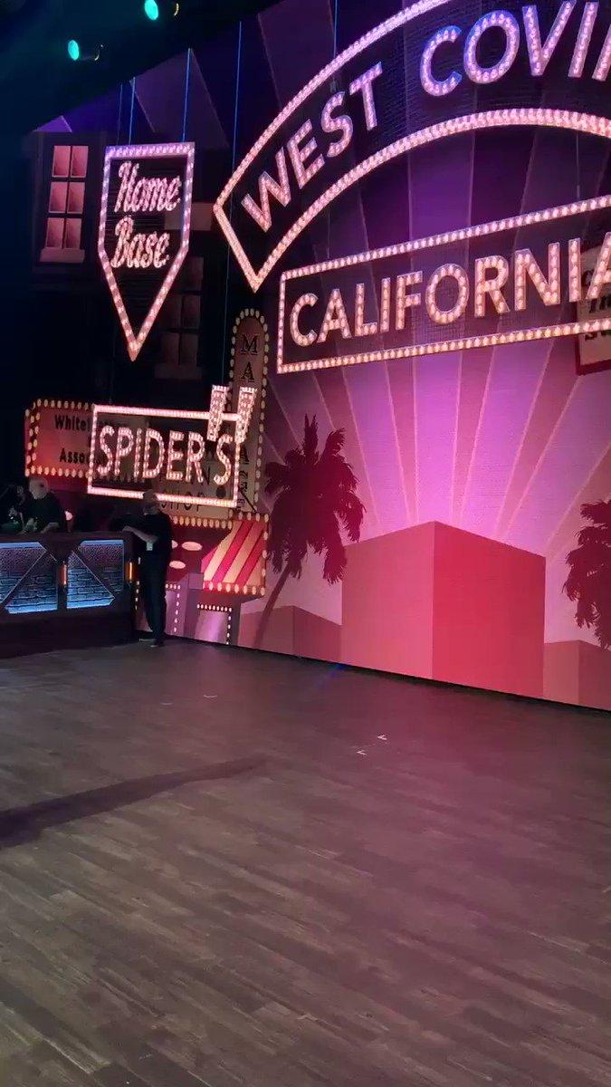 Pete Gardner's photo on #CrazyExGirlfriend