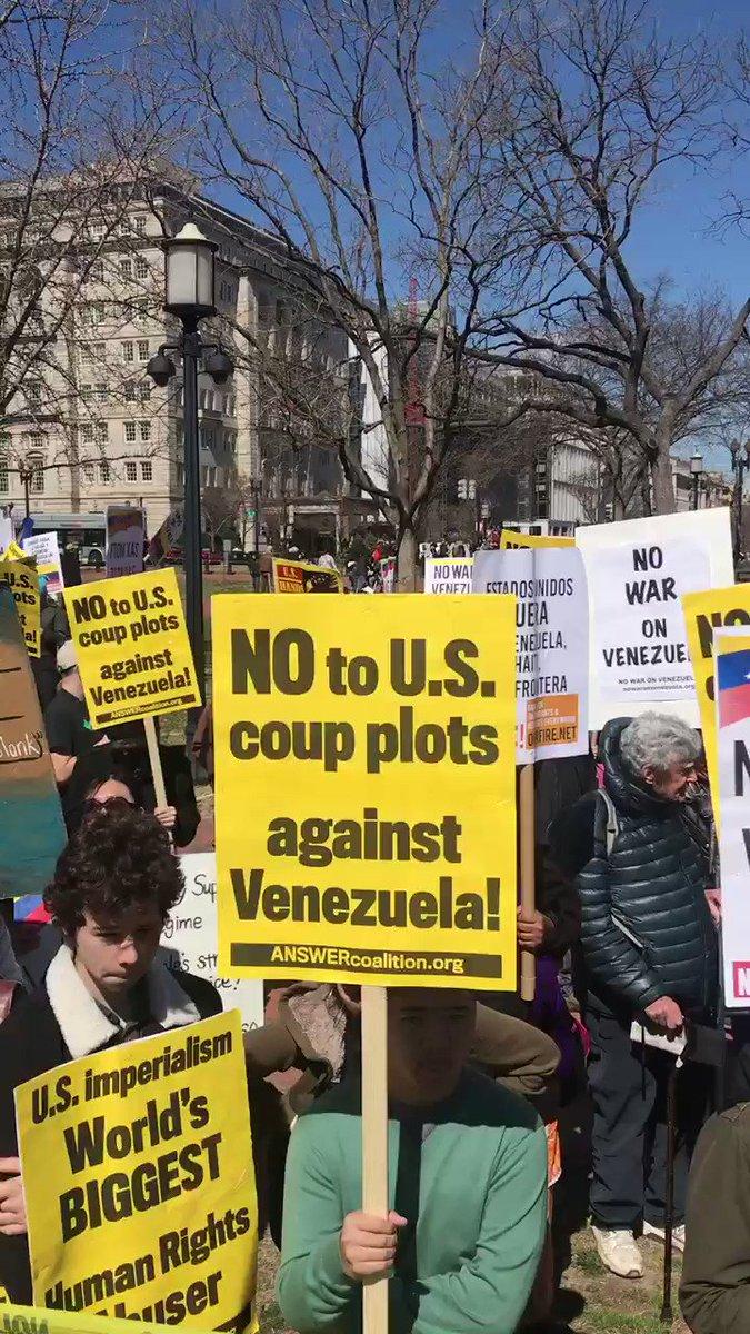 Tag trumphandsoffvenezuela en El Foro Militar de Venezuela  44yksmkfOp1J8Q_G