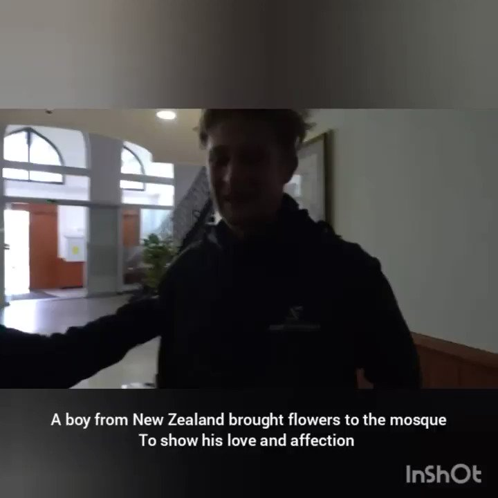 This guy from New Zealand is studying in the Netherlands and came with a bouquet of flowers to the mosque in Rotterdam to show his love and affection. Happy that there are still people like him in this world today ♥️ #NewZealandTerroristAttack  #NewZealand