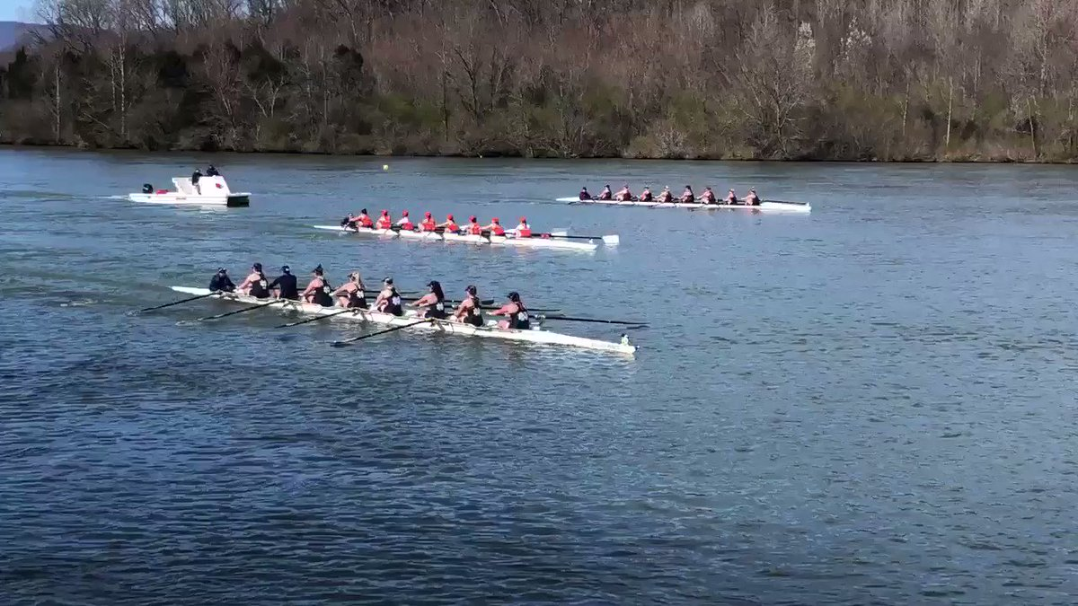 The 3V8 on the way to a win in the afternoon session at Oak Ridge. Parsons - Hemm - Wiesenhoft - Phelan - Broomfield - Schroth - Geyer - Mueller - Mansouri (c) finished in 6:01.877 - ahead of Clemson and Minnesota