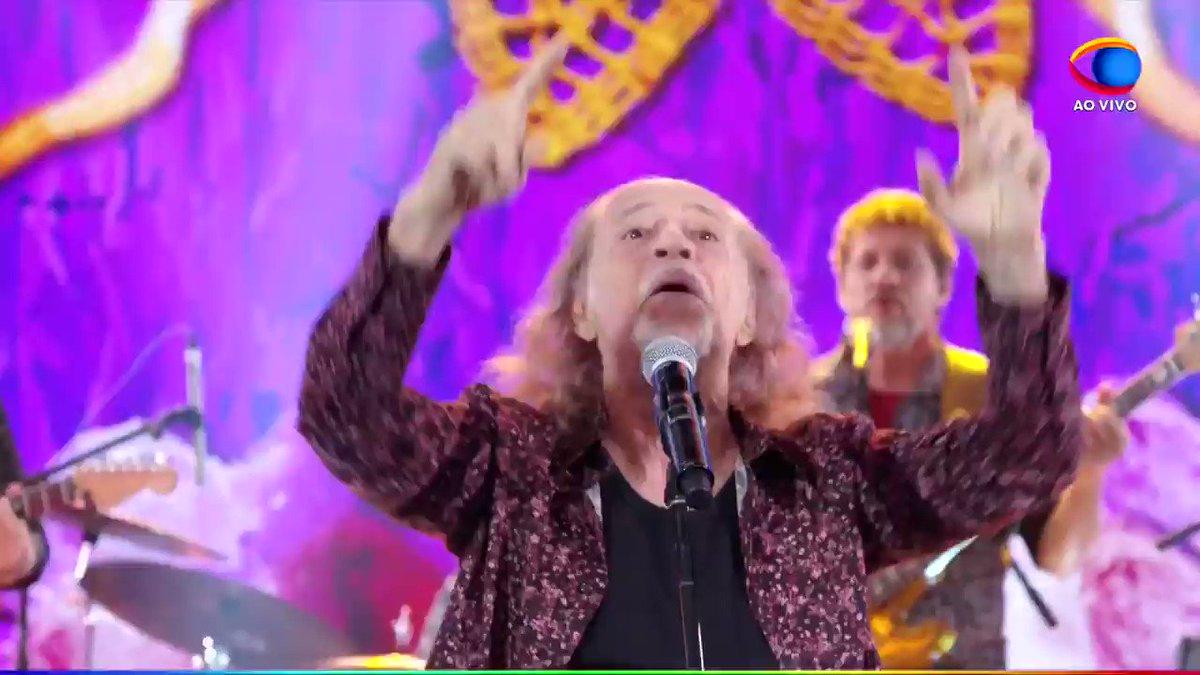 """""""MAAAAAAAARESOOOOOOOOLL"""" Plateia interrompe Faustop e clama o nome da @TVMaresol ao vivo na Globosta"""