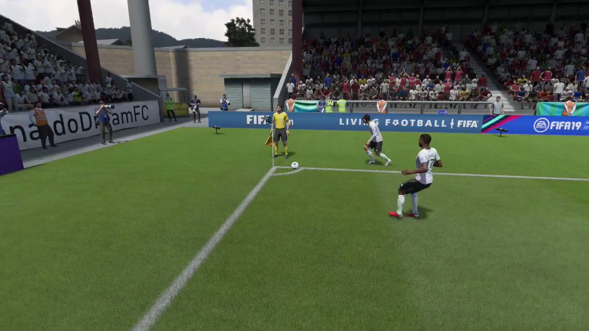"You guys know that ""bug"" where AI attackers will automatically finish chances (often headers) for you up close?  Think that just happened for me, but Casimero forgets what team he was on.  I didn't have an input (no arrow) 🙃"