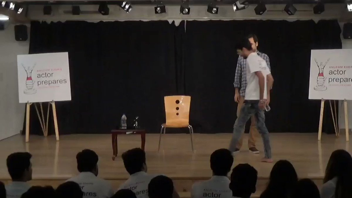 Ace actor Pankaj Tripathi simplifies the concept of acting in this demonstration with our diploma batch actors in a recent guest lecture.  #actorprepares #acting #actors #pankajtripathi @TripathiiPankaj @AnupamPKher
