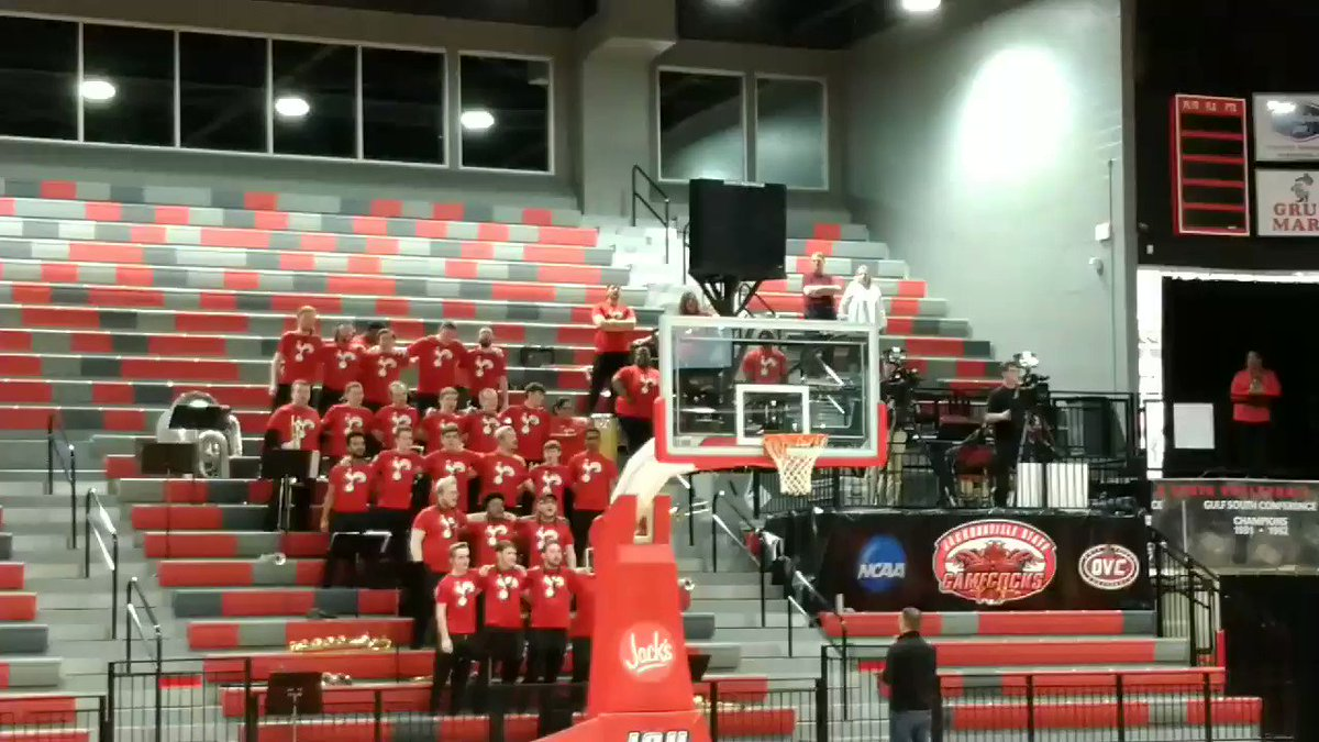 .@JSUNews, @Jacksonville_AL communities sing I'll Fly Away with the JSU pep band at the anniversary ceremony of the March 19 Tornado.