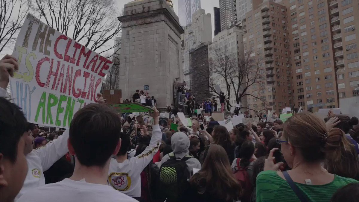 4/ On March 15, I went on #ClimateStrike in New York City with young people from around the country.